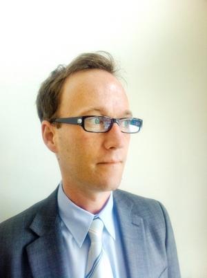 Kammaråklagare Carl-Johan Granlund anser att mannen sexofredat fyra flickor.