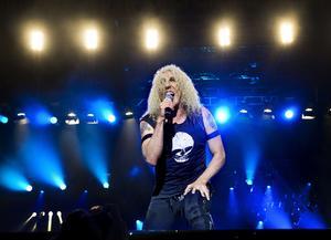 Twisted Sister uppträder på Sweden Rock Festival.