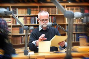 DD sökte ett arkiv och fann ett annat. Erik Walles var så mån om att bevara sin tid som nazist att han donerade sitt material till Riksarkivet. Frågan är då varför han gömde undan registret som hittades i Malung?