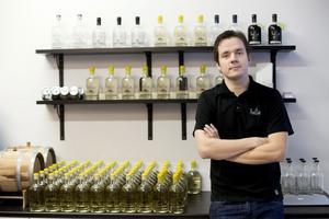 Det var när Jon Hillgren jobbade som bartender i London intresset för gin väcktes.