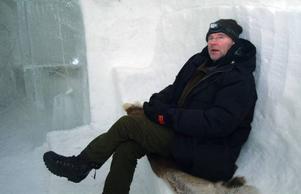 Bertil Danielsson, Tännforsen- stationen. I igloons stora sal var det behaglig temperatur, runt sju minusgrader.