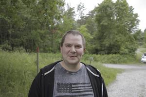 Magnus Andersson, 33, Färna, lastbilschaufför: Det händer väl nån gång i veckan. Inte så ofta.
