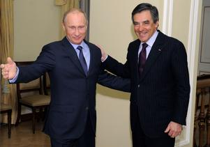 President Vladimir Putin och borgerliga Republikanernas presidentkandidat François Fillon  är gamla vänner.