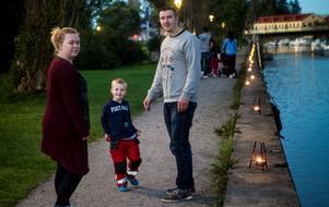 Sofia Ström, Mille Ström och Fredrik Jansson gick ner på stan för att uppleva lyskvällen vid ån, något de inte gjort tidigare.