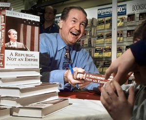 Pat Buchanan ses som den amerikanska paleokonservatismens moderna ideolog.