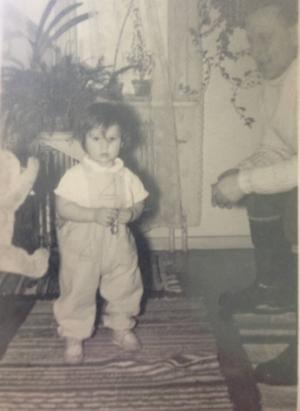 Göran Greider som barn, runt 1960. Fadern till höger. Kanske tog en brorsa bilden.
