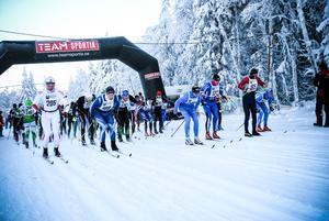 Strax över 100 deltagare genomförde premiären av Jemtland Ski Tour i Tåsjö.