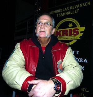 Ser mönstret. Christer Karlsson som är ordförande i föreningen Kriminellas revansch i samhället, Kris, besökte nyligen Dalarna. Han ser samma mönster i Hedemora som i storstäderna. Det är för lätt för ungdomar att få tag i narkotika och knarket leder till en allt grövre brottslighet.