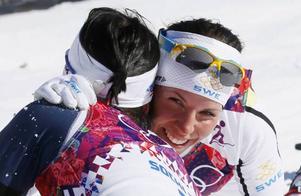 Det händer något med vår befolkning under de två veckorna som OS avgörs, skriver Sara Ottosson.