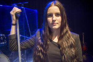 Julia Lyngmos gymnasiearbete - en välgörenhetskonsert.