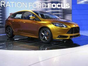 Fords stora nummer i Paris var deras nya Focus, som fått en mycket fräck front, men som annars väl ansluter till Fords designspråk.