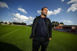 Även om Dalkurd inte finns i stan kvar så konstaterar Elvan Cicen fortfarande att det behövs en bättre arena för elitfotboll i Borlänge.