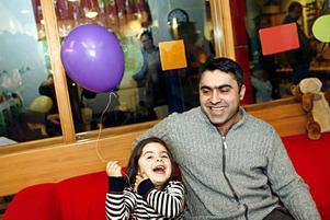 Zerin och Khalil Bahzad tycker att allt har fungerat bra efter sammanslagningen med Staffanssalen.