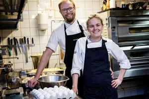 Peter Eriksson och Linnea Liljedahl kunde inte närvara under prisutdelningen i Nyköping.