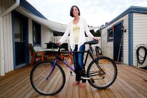 Agneta Wallén har aldrig varit i Söderhamn - så hur hennes cykel hamnade där är det ingen som vet.