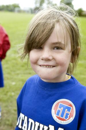 """Kul. """"Fotboll är kul"""", säger Matilde Prentell, sex år."""