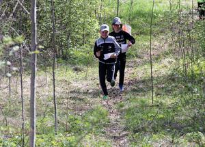 Under dagen kunde skolbarnen pröva på 1,4 kilometer skogsorientering. Banan med tio kontroller gick från baksidan på klubbstugan upp mot Kvarnbackarna.