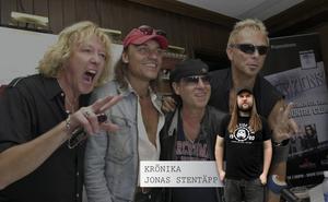 Scorpions, med den dömde trummisen James Kottak längst till vänster.