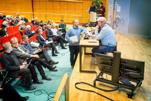 Framtiden för Bussgods avhandlades vid ett extrainsatt regionfullmäktigemöte.