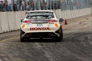 Det här var det enda Tomas Engströms konkurrenter såg av hans bil. Säterföraren vann båda finalheaten i STCC och avancerade till en tredjeplats i mästerskapet med tre tävlingar kvar av säsongen.