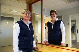 Anki Åberg och Gun-Britt Janbjer jobbar som uthyrare på Hedemorabostäder. De hoppas att handläggningen av ärenden ska gå snabbare i det nya systemet.