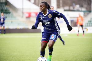 Ajara Nchout Njoya gjorde säsongens första mål för Sundsvalls DFF.