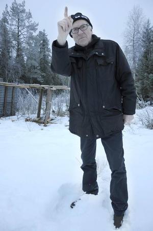Jaktchefen Jonas Johansson uppmanar sabotören att hålla sig undan.
