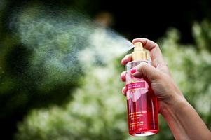 33 procent av Sveriges befolkning har problem med för starka dofter.