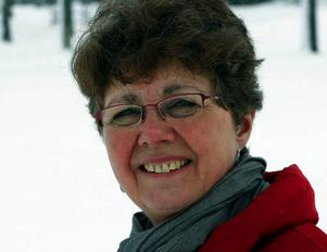 Christina Olofsson, Ås skola tjänar  37 460 kronor.