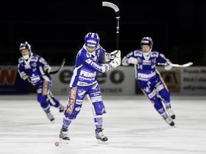 Mattias Sjöholm har gjort över 20 säsonger i Motalas A-lag. Nu kan han vara aktuell som ny tränare.