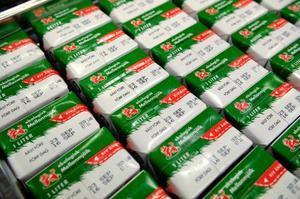 Till slut är det vi konsumenter som bestämmer om vi vill ha Arla eller Milko. foto: scanpix