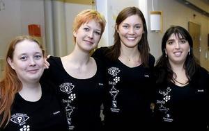 Helena Hultin, Erika Wiklund, Lotta Prytz och Anneli Gustavsson är några som arbetar för och med Tjejjouren Gaia som är en av årets Surfa Lugn-främjare.