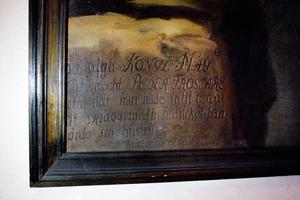 Anledningen till att Frestare har skägg på porträttet beskrivs i