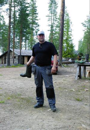 – Går de inte med på detta kommer vi med hjälp av kommunen stoppa etableringarna, säger Tomas Eliasson, ordförande i Ängersjös byalag.