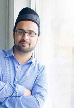 Kashif Virk försöker göra sin moské så öppen som möjligt. Foto: Wahid Raziullah