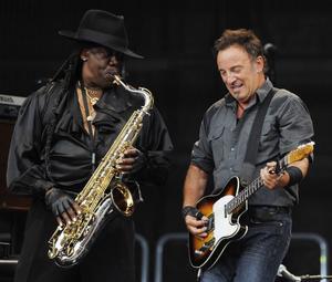... för att i stället ersätta Clarence Clemons vid sidan av Bruce Springsteen.