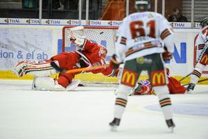 Lars Johansson i Frölundas mål hade en del att göra i matchen, men inte sällan var Modo för tamt när det väl gällde.