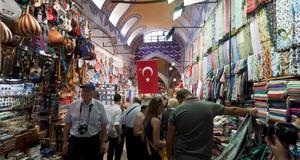 I sommar förvandlas Istanbul till shopparens paradis.