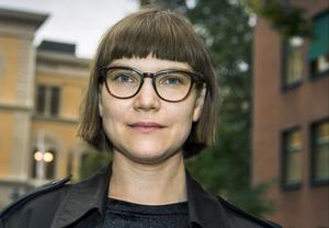 Författaren Sara Bergmark Elfgren .