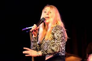 Stina Johansson flyttade till London för att studera vid Tech music school.