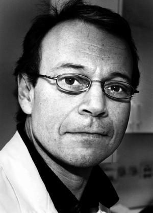 Mikael Lood, överläkare.