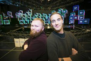 Arbetarbladet och Gefle Dagblads nöjesredaktörer, Simon Ridell och Nils Palmeby, följer Melodifestivalen.