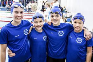 Söderhamns lagkapplag tog hem två bronsmedaljer i tävlingar i Njurunda. Från vänster: Victoria Flyman, Clara Bergh, Elsa Bergh och Filippa Eklund.