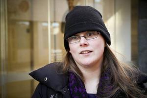 Catharina Tylleskär– Ja, jag försöker. Det är svårt att veta ibland och att hålla reda på alla skyltar.