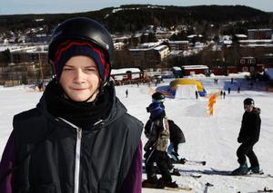 För Rasmus Blixt och de flesta andra är det första gången de tränar med luftkudden Big Air Bag.