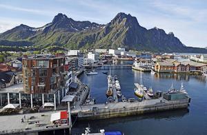 Hamnen i Svolvaer, fotograferat från Hotel Thon.   Foto: Jesper Zacharias