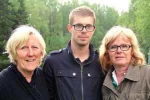 Viveca Danielsson, Christoffer Karlström och Åsa Pettersson jobbar för att utveckla Voxnabruk. Många frågor diskuteras, men på senaste tiden har gruvan och vindkraftparken stått i fokus. Med i gruppen är också Björn Herlin.