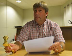 IBF Faluns ordförande, Klas Hedlund, berättar om svårigheterna för klubbens damlag.
