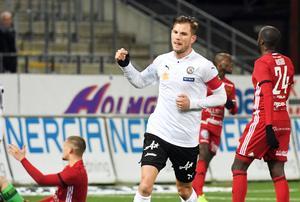 Robert Åhman Persson är klar för portugisiska Belenenses.
