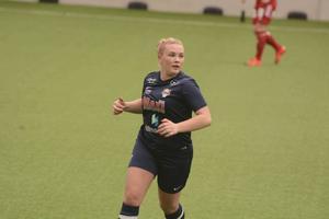 Hanna Lindqvist satte Huges tröstmål till 5–1 borta mot Bollstanäs i Damettan på osndagskvällen.